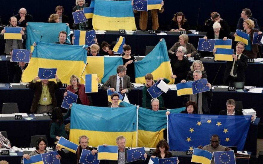 Europarlamentarai išreiškia palaikymą Ukrainai