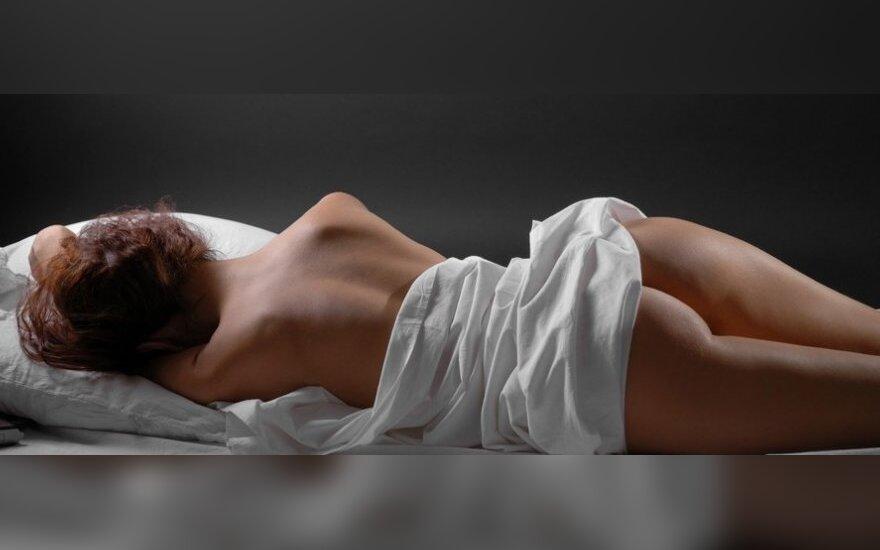 Kodėl geriausia miegoti nuogam