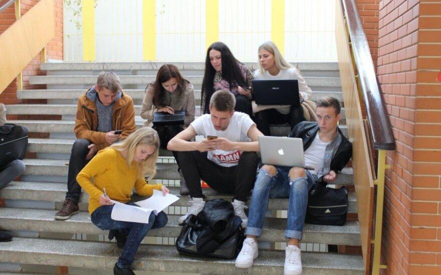 Konstitucijos egzaminas Vilniaus kolegijos Verslo vadybos fakultete