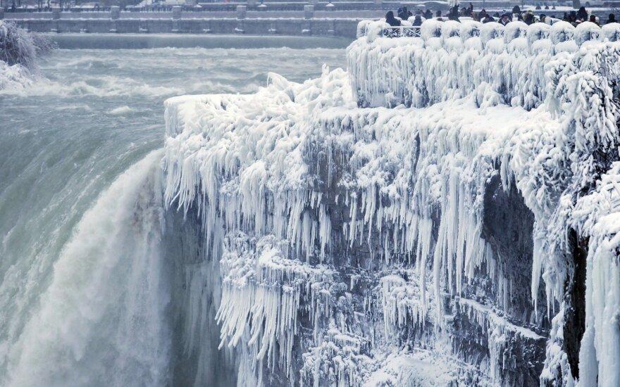 Pasakiško grožio užšalęs Niagaros krioklys slepia kraupią tragediją: nuo tada viskas pasikeitė