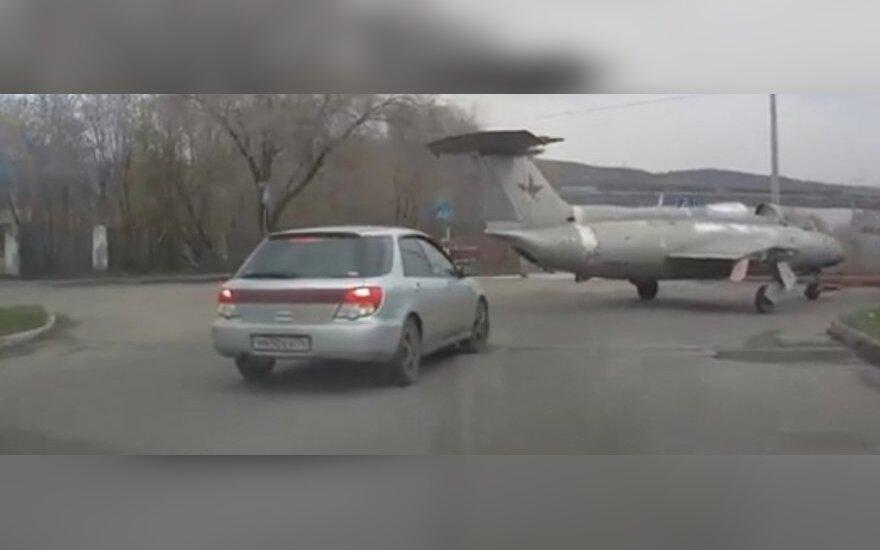 Lėktuvas kelyje
