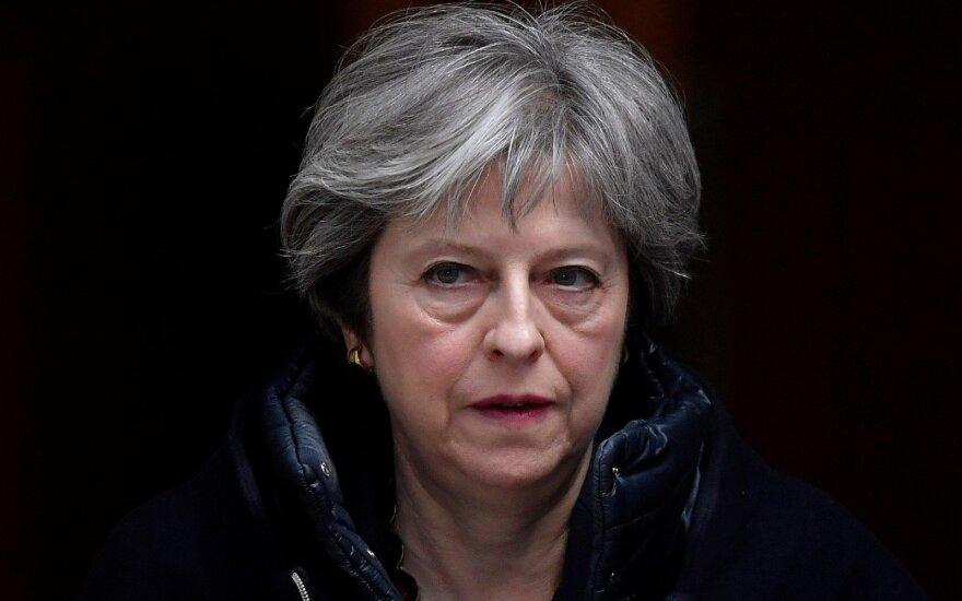 Londonas paskelbė sankcijas Rusijai: tragiška, kad Putinas taip pasielgė