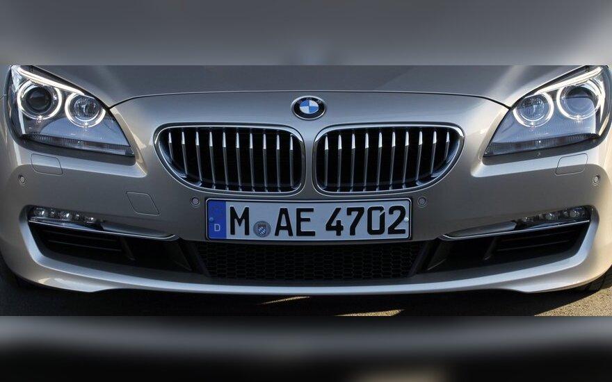 BMW su prancūzais bendradarbiaus ir hibridų gamyboje