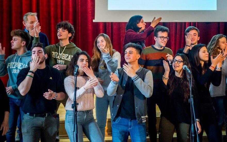 Moksleiviai iš Palermo lankėsi Vilniaus gimnazijoje