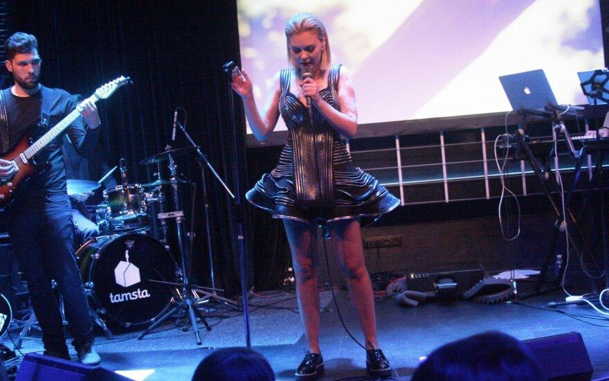 Monika Linkytė debiutinio albumo pristatymo koncerte