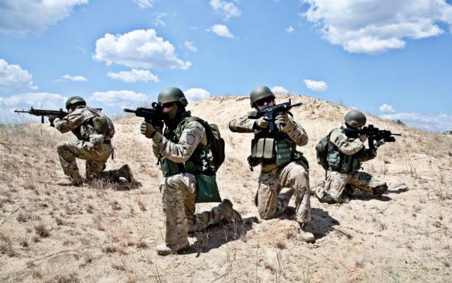 Ar performuluoti NATO vykdomą politiką Rusijos atžvilgiu?