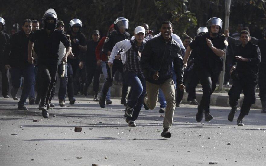 Per demonstraciją Kaire žuvo 16 žmonių
