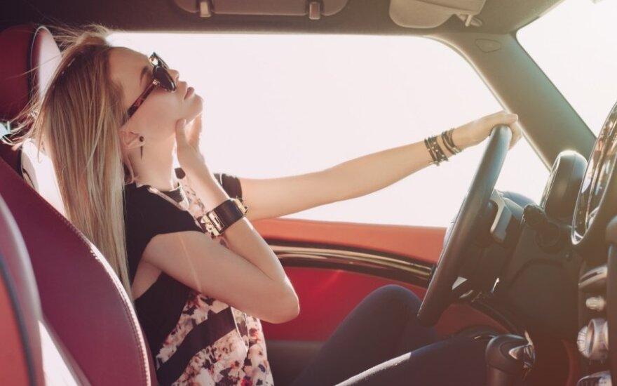Automobilių paieška pagal grožį interneto svetainei prišaukė nemalonumų