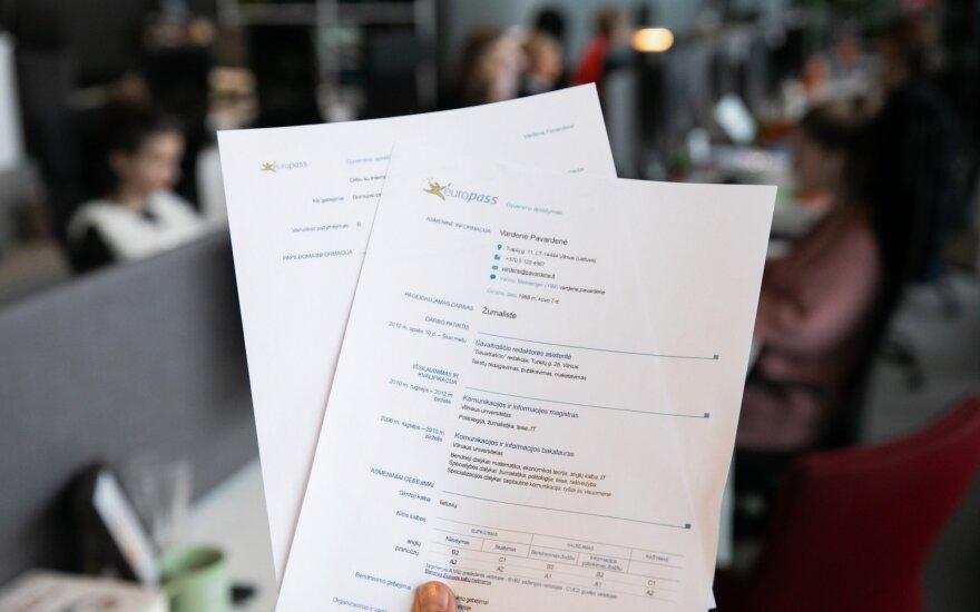 Kaip užpildyti gyvenimo aprašymą, kad darbdaviai jus pastebėtų: 8 dalykai
