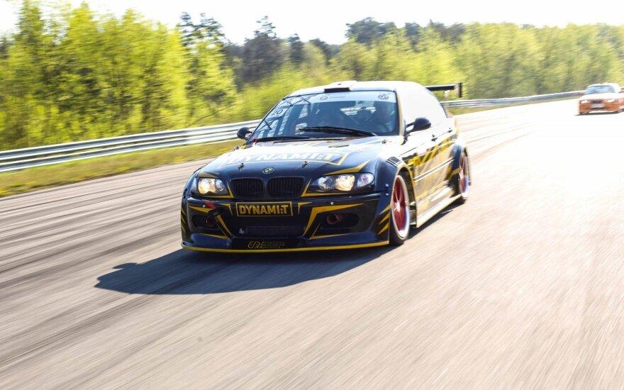 """Dynami:t Energy"" komandos lenktyninis automobilis"