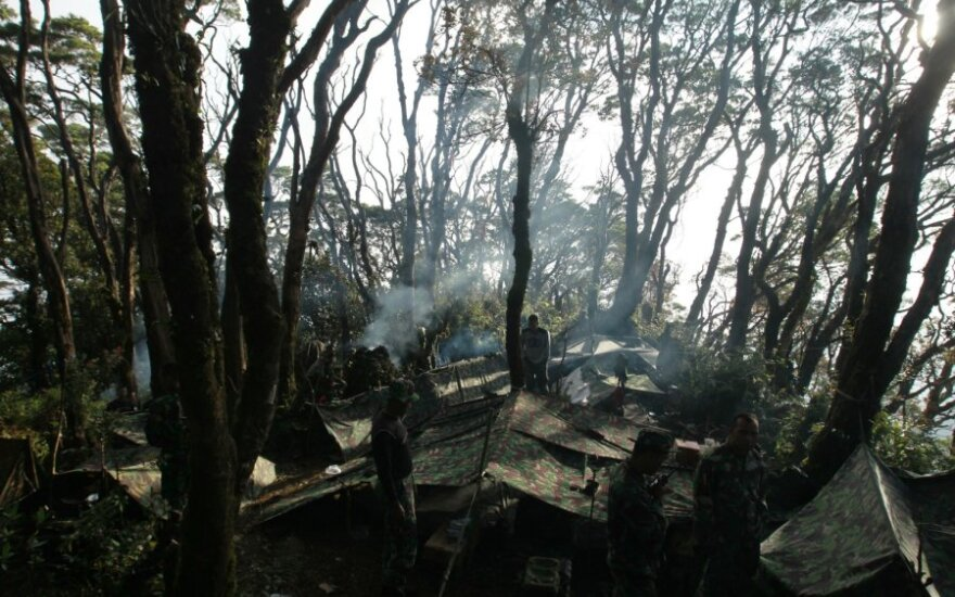 """Indonezijoje sudužo Rusijos lėktuvas """"Suchoj Superjet 100"""""""