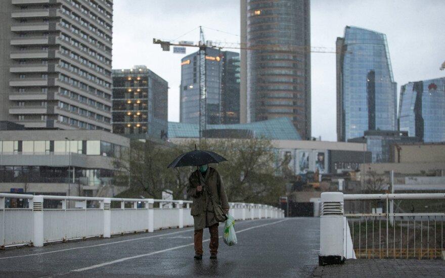 Dėl ciklono Lietuvoje siaus vėjas ir nerims lietus