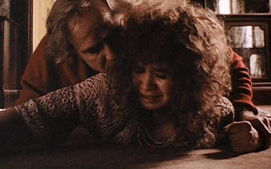 """Kadras iš filmo """"Paskutinis tango Paryžiuje"""""""