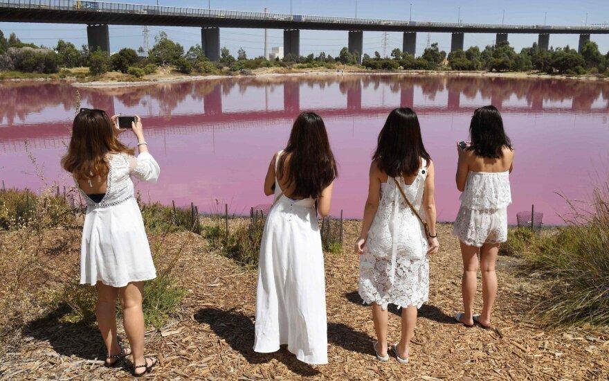 Turistus traukia ežeras-apgavikas: daugelis namo grįžta nieko nepešę