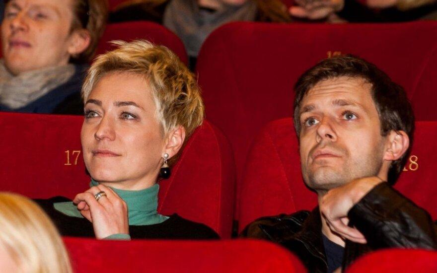 Su žmona išsiskyręs Tapinas jaučiasi persekiojamas: ne visos norinčios nusifotografuoti blondinės yra mano moterys