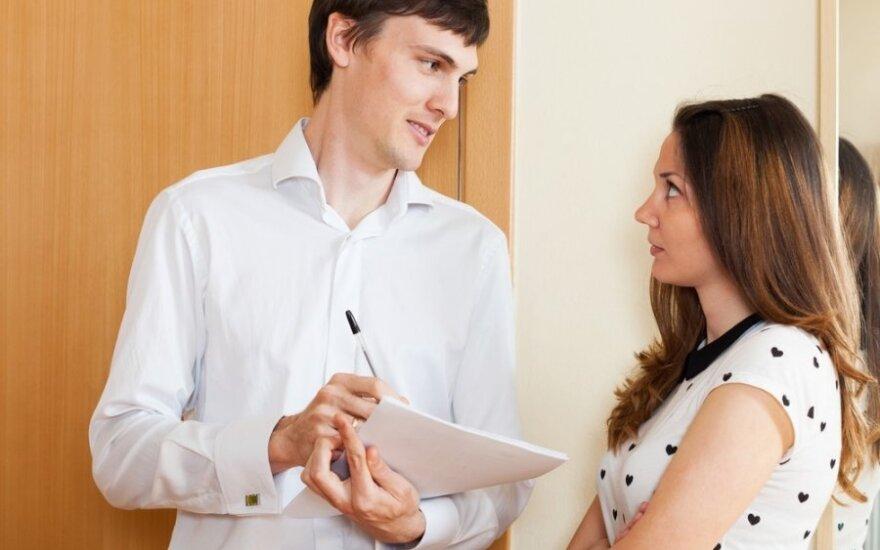 <em>Kiek uždirbi? Kada ištekėsi?</em> Kaip atsakinėti į nepatogius klausimus