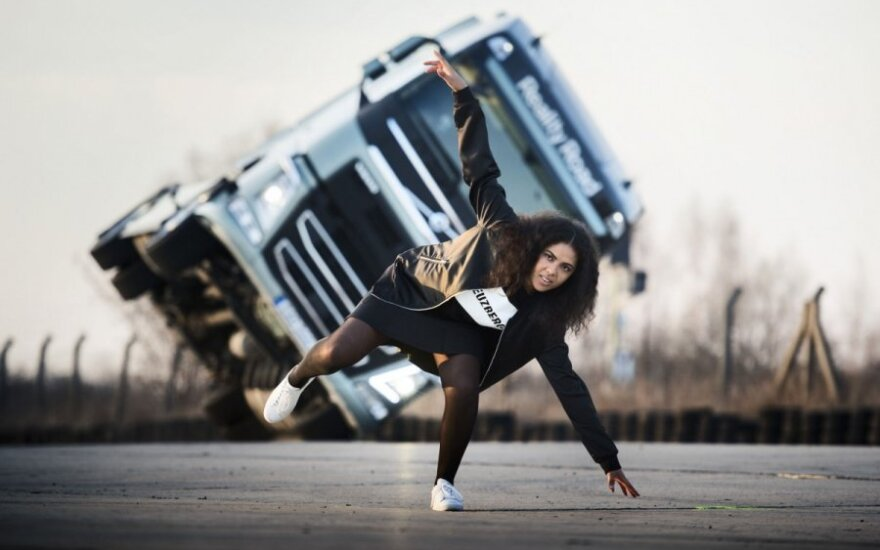 "Triukas su ""Volvo Trucks"""