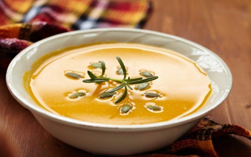 GARDUMĖLIS: trinta moliūgų ir obuolių sriuba