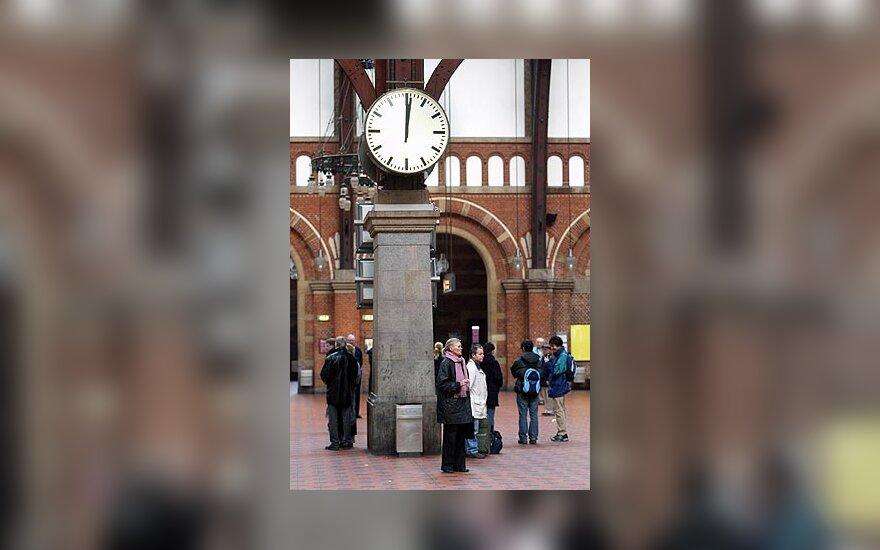 Kopenhagoje tylos minute pagerbiamos išpuolio Madride aukos
