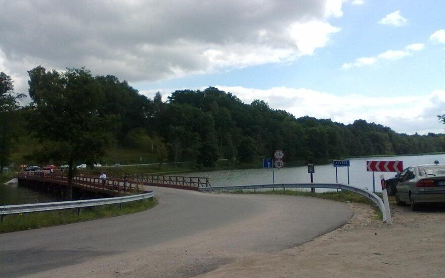 Tiltas per Asveją