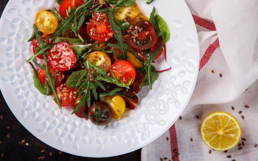Mitybos specialistų nuomonė: penki sveikiausi salotų padažai