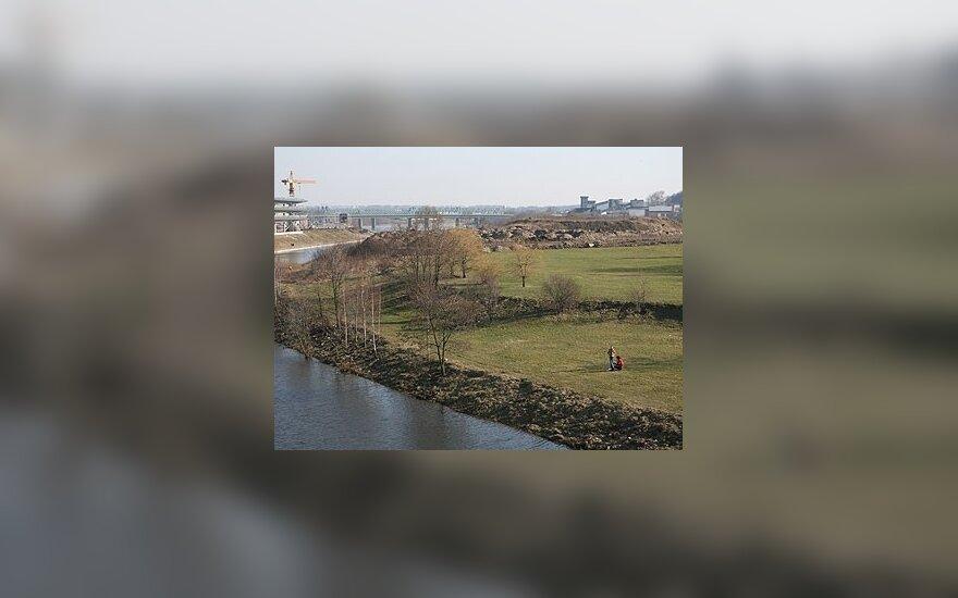 Eismas naujuoju tiltu į Nemuno salą – nuo rugsėjo 1 d.