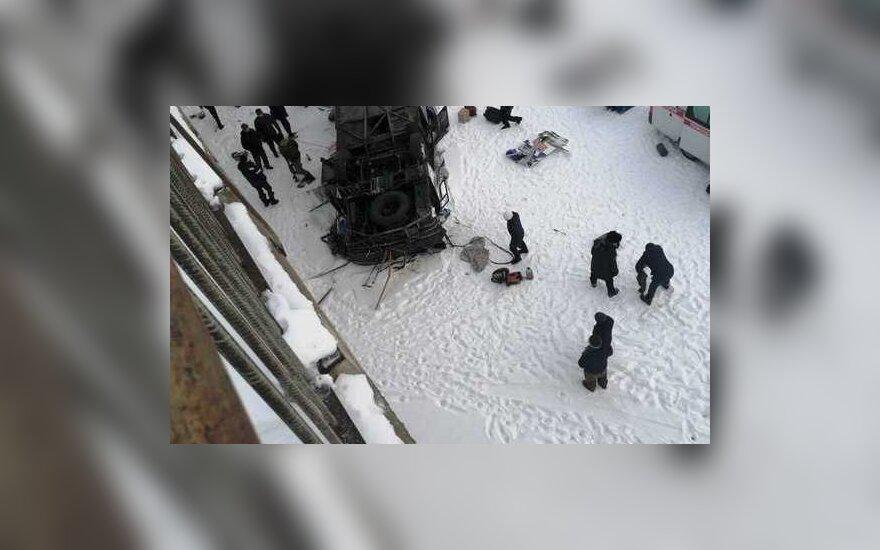Sibire nuo tilto nulėkus autobusui žuvo 19 žmonių