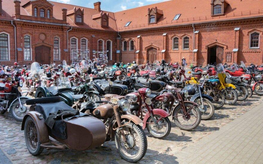 Seni motociklai skries Rokiškio ir Anykščių keliais