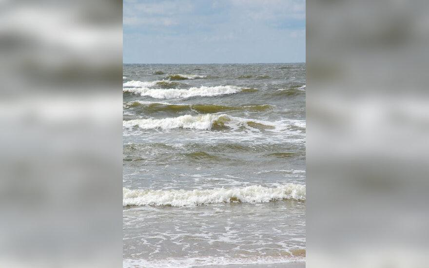 Jūra, bangos