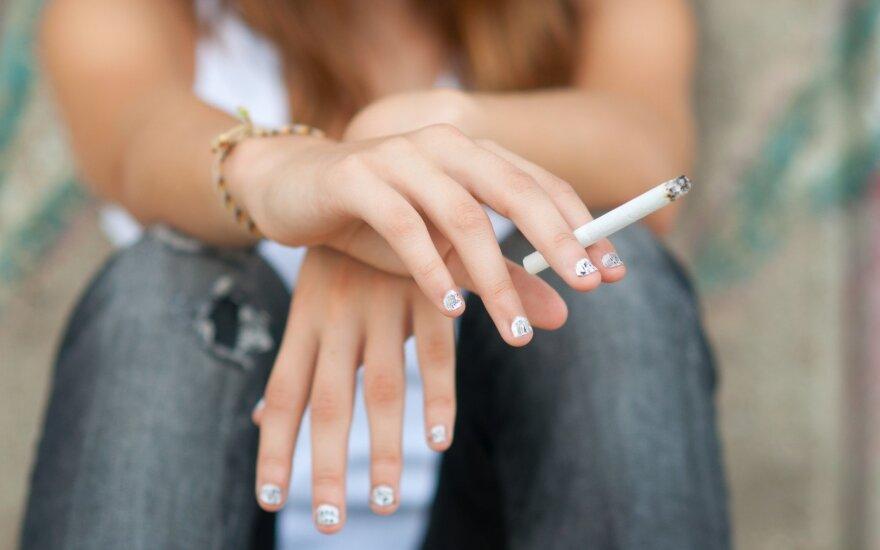Nepritarė konservatorių siūlymams dėl elektroninių cigarečių