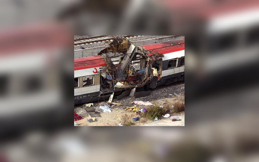 Traukinio vagonas po sprogimo Madride