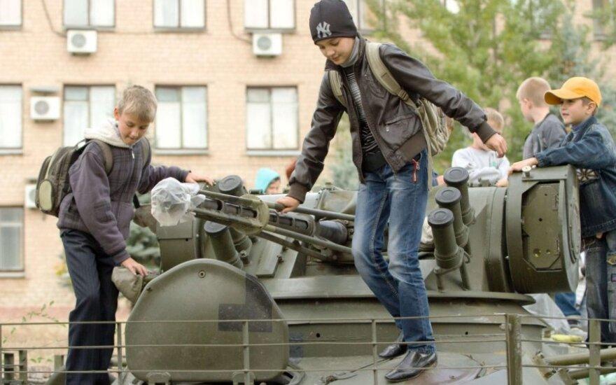 Priimti vaikus iš Ukrainos nori netikėtai daug Lietuvos šeimų