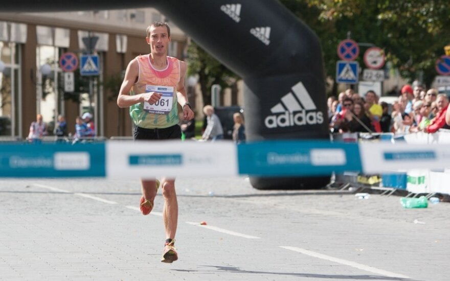 2012 metų Vilniaus maratoną laimėjo T.Venckūnas ir ukrainietė A.Bulavinceva