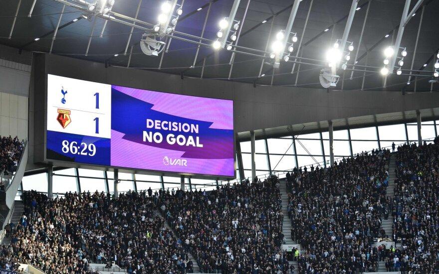 """""""Chelsea"""" ir """"Leicester"""" išplėšė pergales, """"Tottenham"""" – tik lygiąsias"""