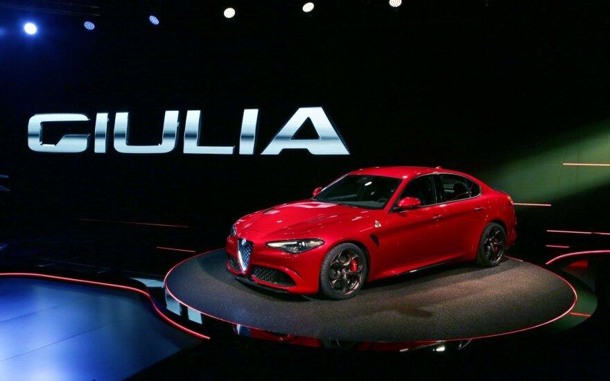 """""""Alfa Romeo"""" kryptis – prabangūs automobiliai"""