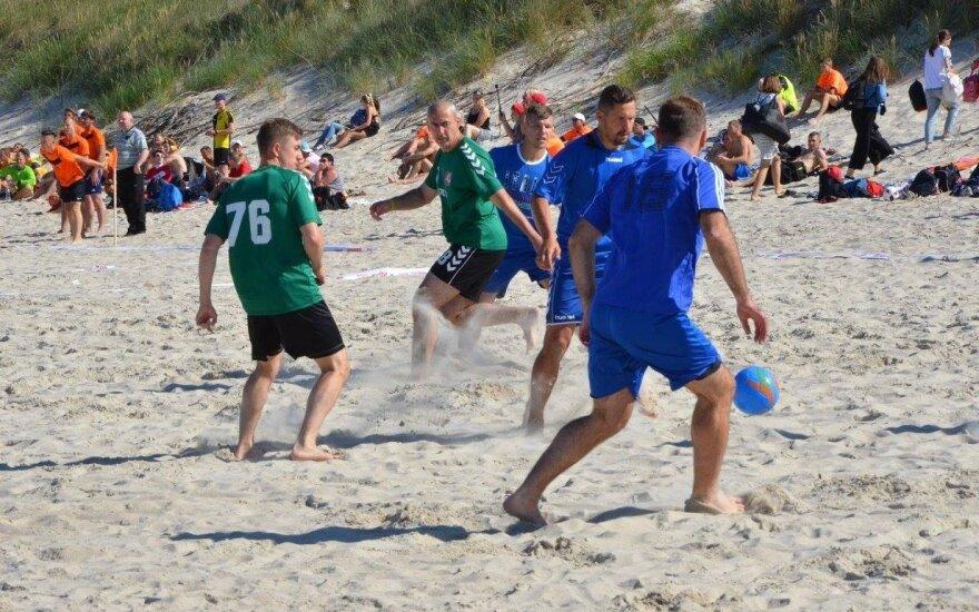 Paplūdimio futbolo turnyras Klaipėdoje (Organizatorių nuotr.)