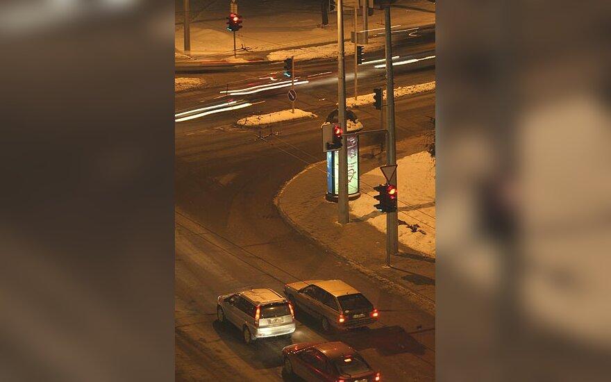 Gatvė, automobiliai, šviesoforas