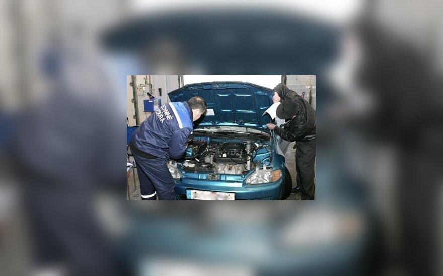Seimas pritarė siūlymui nesusimokėjus baudų neleisti atlikti automobilio techninės apžiūros