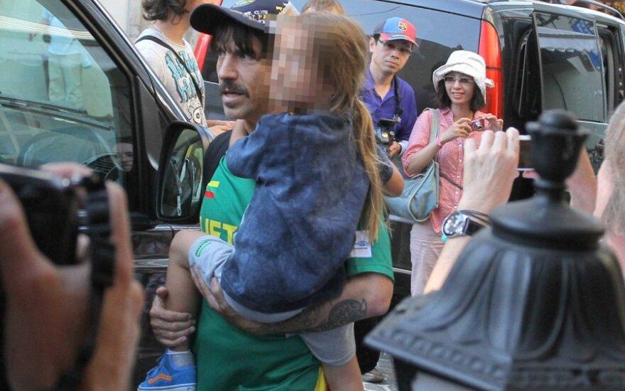 Anthony Kiedis su sūnumi