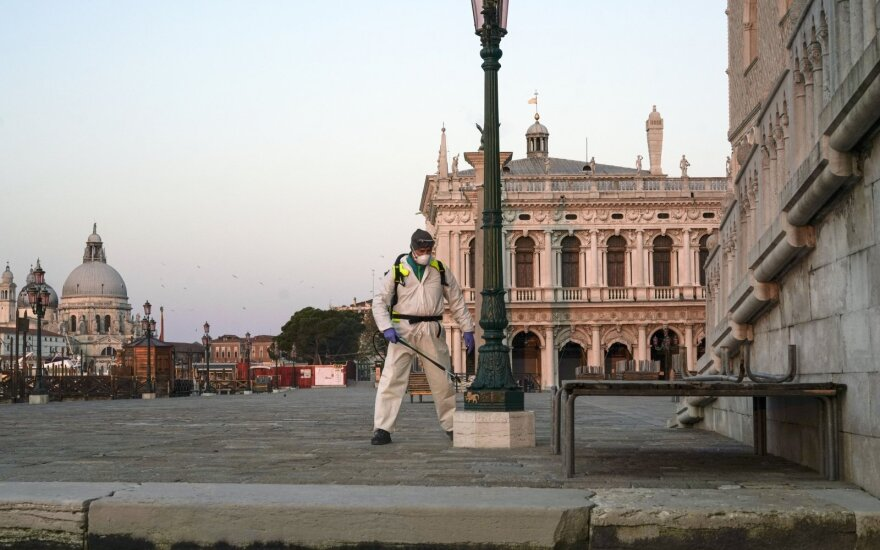 Italija skelbia naujo tyrimo rezultatus: koronavirusas šalyje buvo jau gruodį