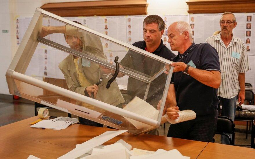 Ukraina skaičiuoja rinkimų į Aukščiausiąją Radą rezultatus
