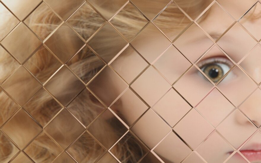 autizmu serganti mergaitė