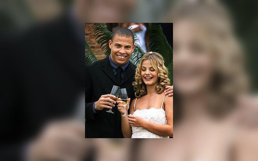 Ronaldo ir Milene Domingues