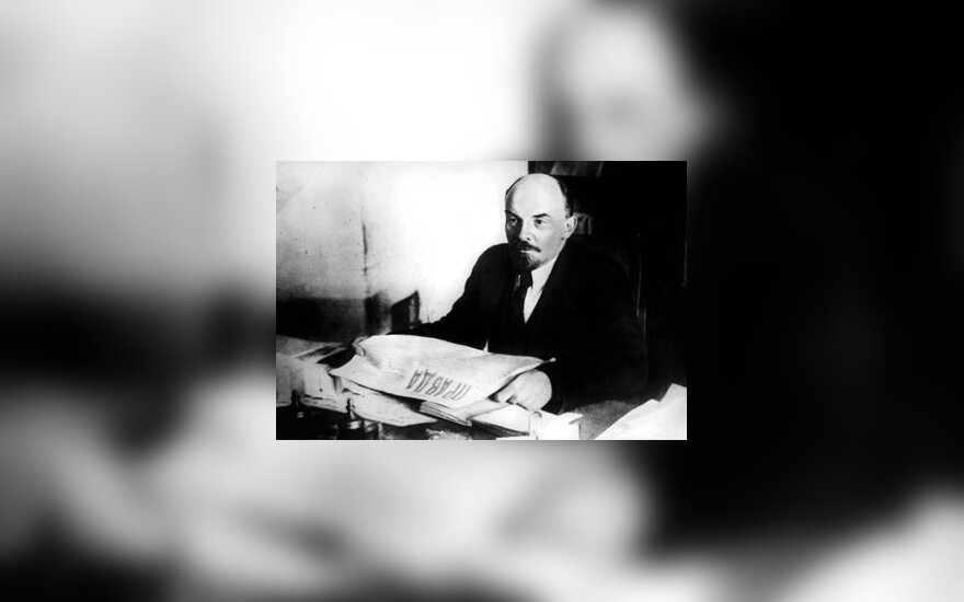 Baltarusis Lenino gimtadienį minėjo pasistatęs unitazą