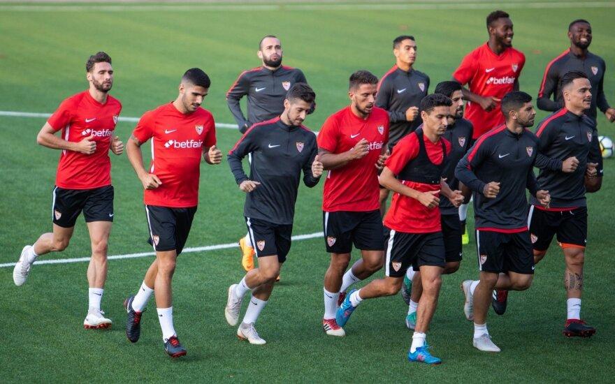 """""""Sevilla"""" futbolininkai treniruojasi LFF stadione"""