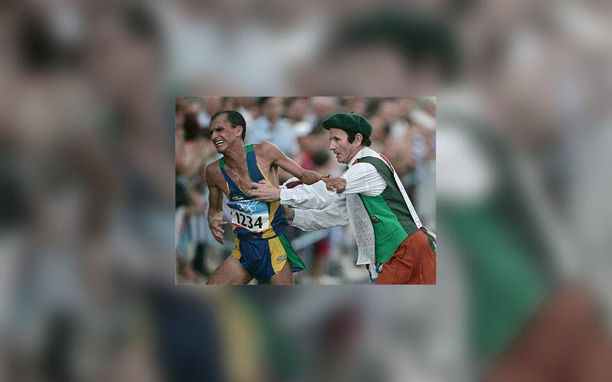 Brazilijos maratonininką užpuolė chuliganas iš D.Britanijos
