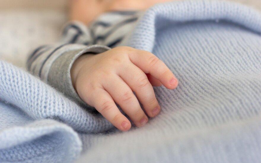 Pritarė gimdymo priežiūros paslaugų namuose įteisinimui