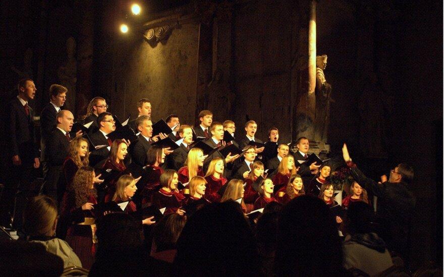 Suaugusiųjų chorų konkursas