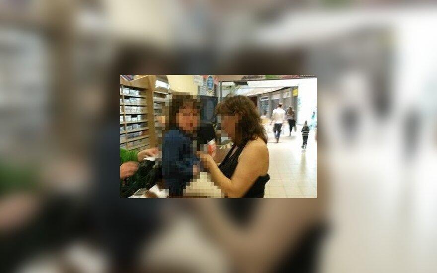 Klaipėdietį šokiravo moters elgesys su vaiku parduotuvėje