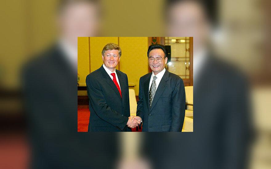 Artūras Paulauskas ir Wu Bangguo